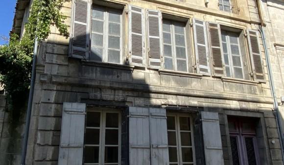 Bien à vendre - Immeuble de rapport - st-jean-d-angely