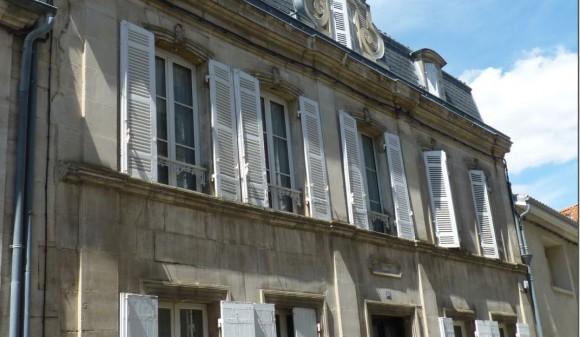 Bien à vendre - Hôtel particulier - st-jean-d-angely