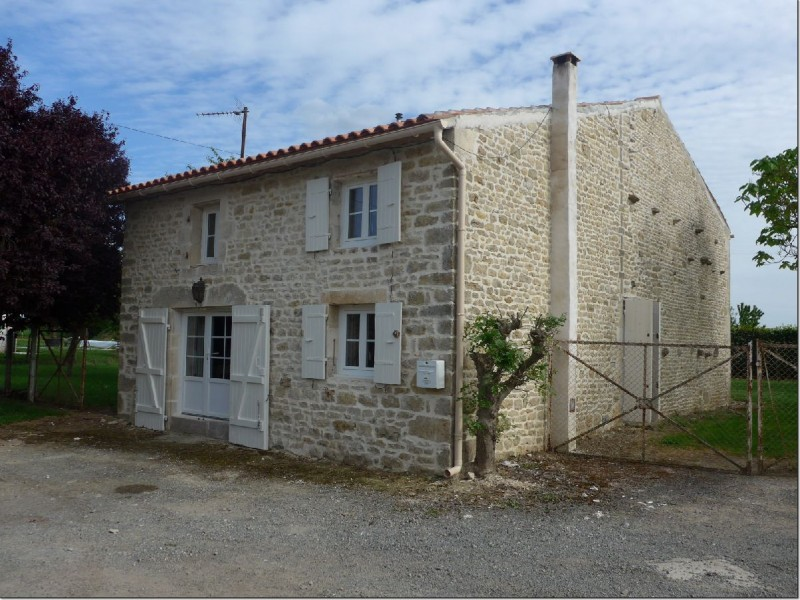 2-Bedroom-Stone-House-With-Garden-And-Terrace-Set-In-A-Hamlet-