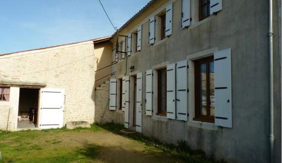 Location non meublée - Maison de campagne - nachamps