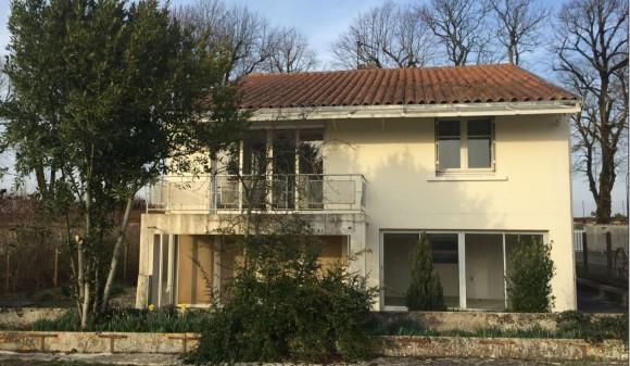 Bien à vendre - Maison de bourg - aulnay-de-saintonge