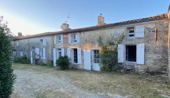 For Sale - Village house - la-jarrie-audouin