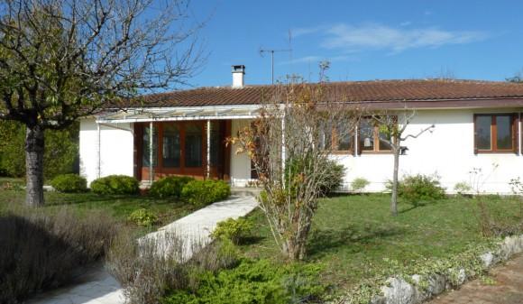 Location non meublée - Maison de ville - st-julien-de-l-escap