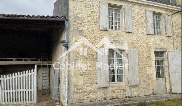 For Sale - Village house - la-vergne