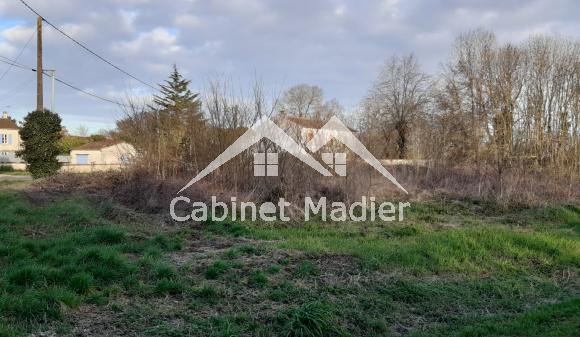 For Sale - Building land - aumagne