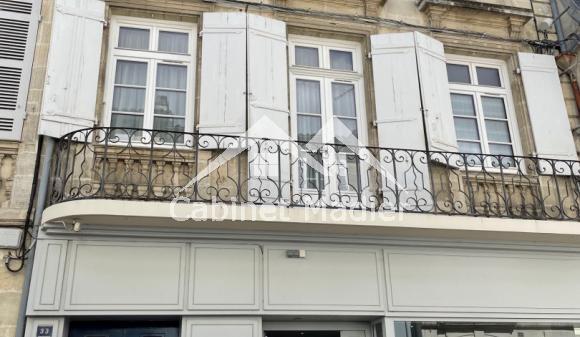 Bien à vendre - Immeuble / appartements - st-jean-d-angely