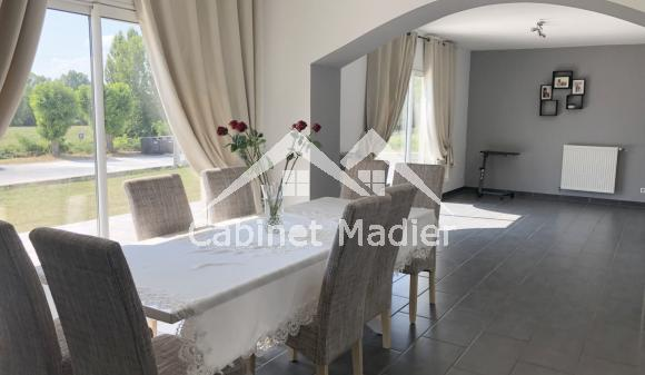 For Sale - Detached house - st-jean-d-angely